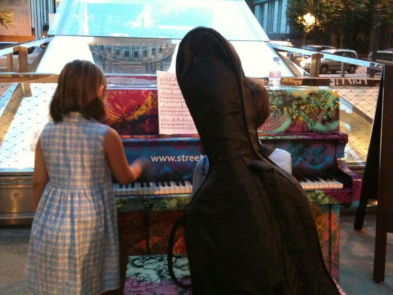 Street piano IMG_5080